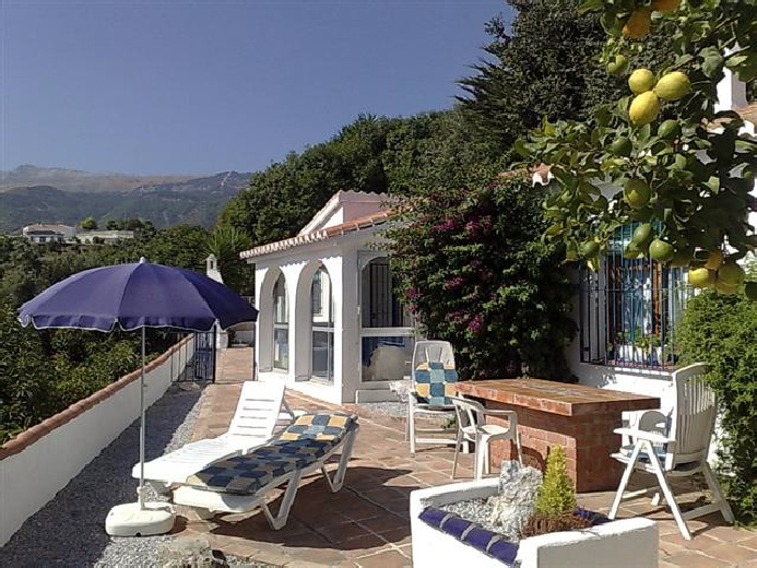 Villa Nispero Holiday Home