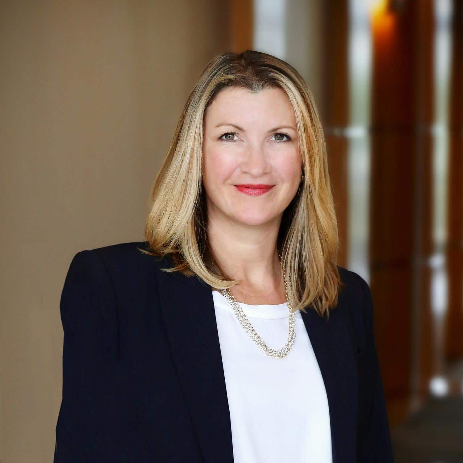 Women Leading Change in Commercial Real Estate: Interview with Real Capital Markets Exec Tina Lichens