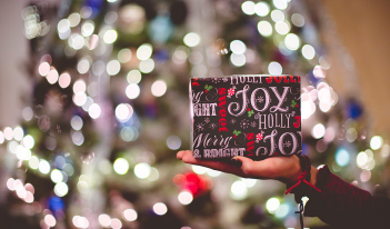 11 Virtual Christmas Gifts For The Small Business Owner