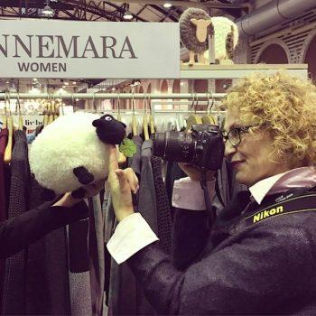 Stefanie Schuster   Mitten in Medien   Besuch bei Connemara