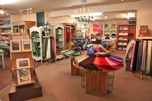 Joyces Craft Shop & Art Gallery - Places to visit in Connemara