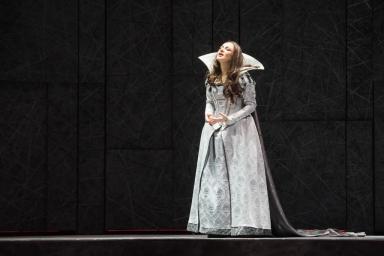 I Puritani, Teatro Comunale di Modena (2017). Photo credit: Rolando Guerzoni
