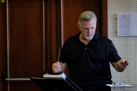 Gregory Kunde durante le prove del Barbiere di Siviglia alla Fenice