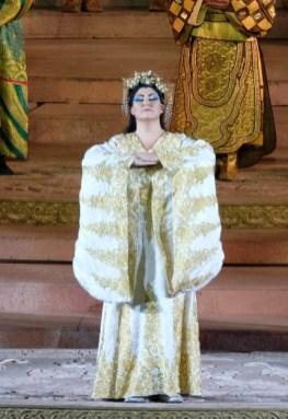 Anna Pirozzi interpreta Turandot