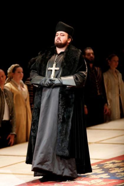 Stefan Pop, nel Castello di Kenilworth, al Donizetti Opera di Bergamo