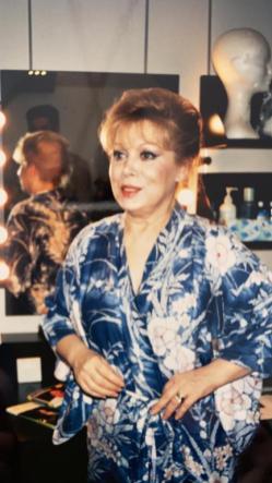 Mirella Freni in camerino