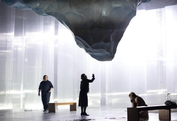 Una scena di Jenůfa, Staatsoper Berlin - Photo credit: Bernd Uhlig