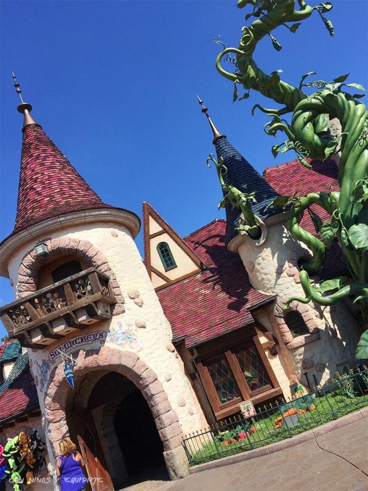 Curiosidades y Misterios de Disneyland París - Tienda de Sir Mickey
