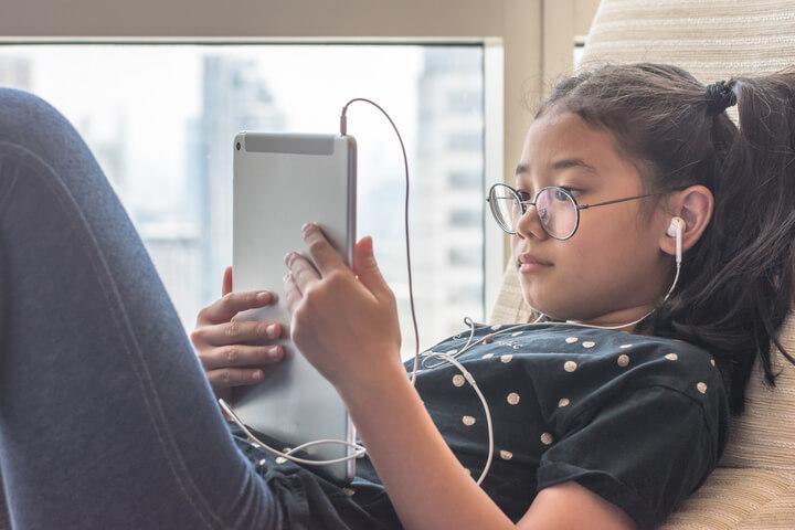 peligros online en adolescentes