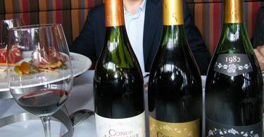 Carlos-Martinez-Bujanda_with-wines