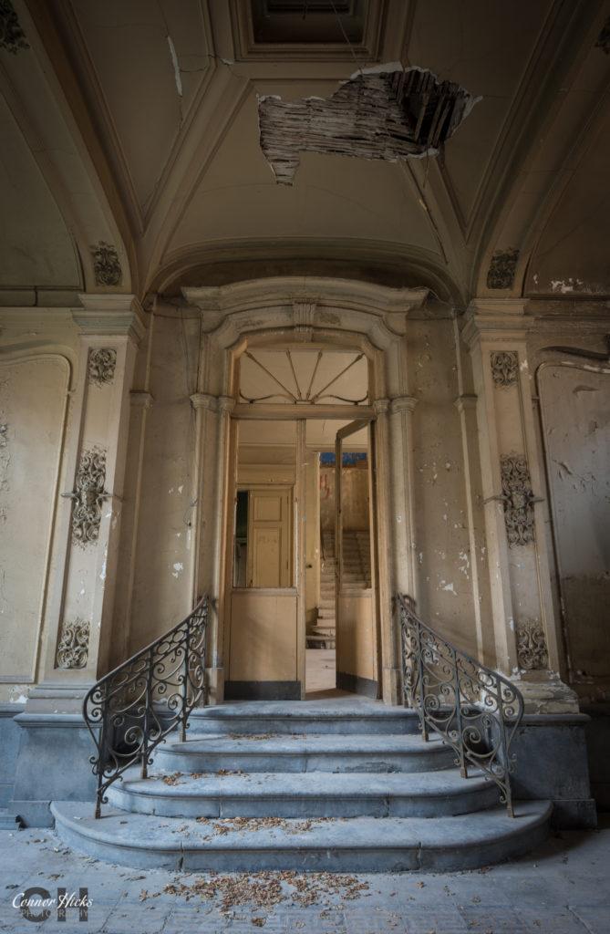 Chateau Ventia Urbex Belgium 669x1024 Urbex Gallery