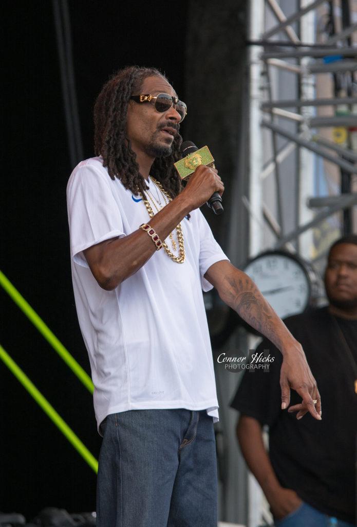 Snoop Dogg Live Mutiny Festival1 695x1024 Mutiny Festival 2015