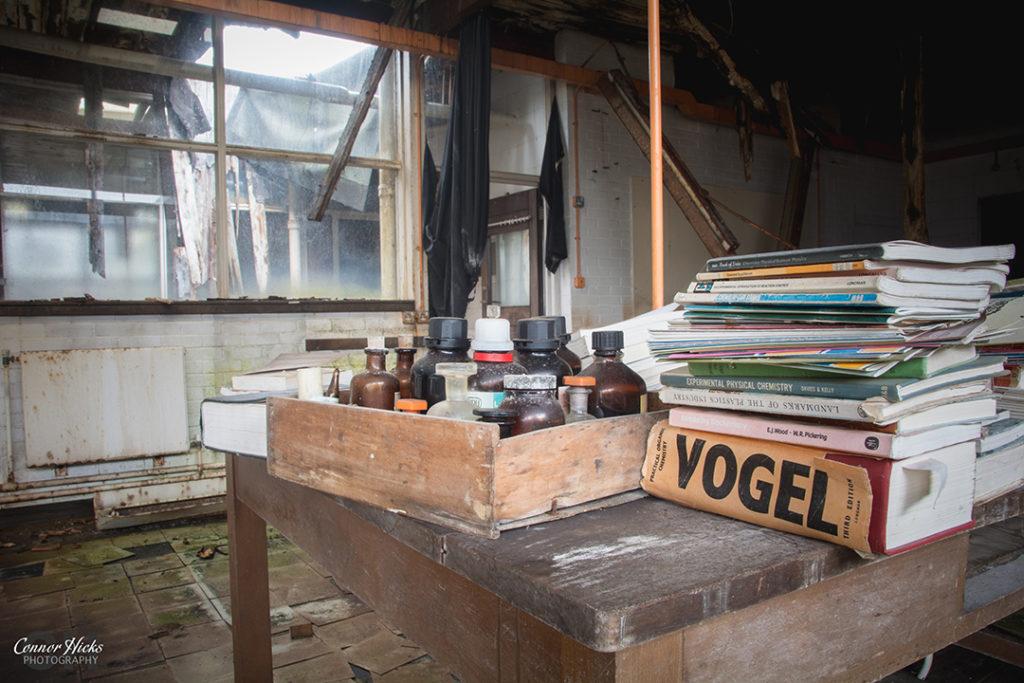 Carmel College Oxfordshire Science Urbex Lab 1024x683 Carmel College, Oxfordshire