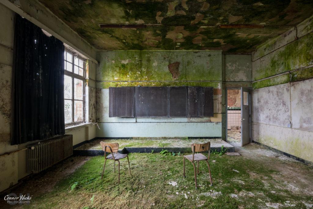 The Green School Belgium Urbex Green Room 1024x683 The Green School, Belgium