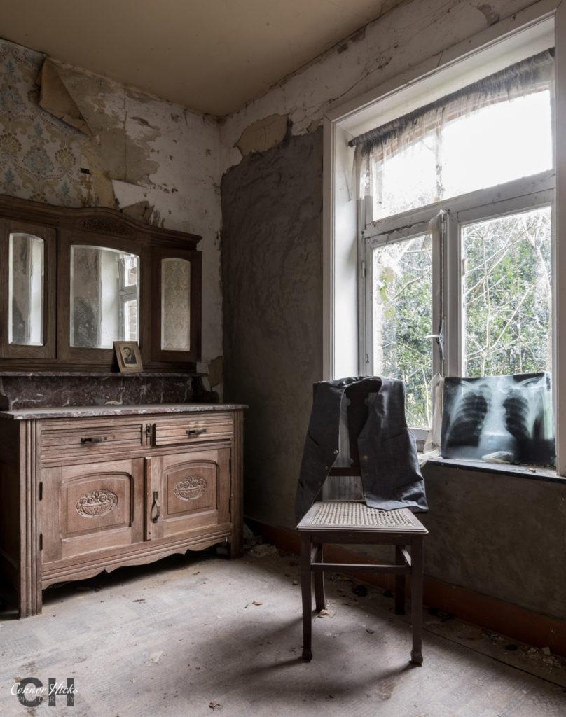 urbex belgium maison boon 808x1024 Maison Boon, Belgium.