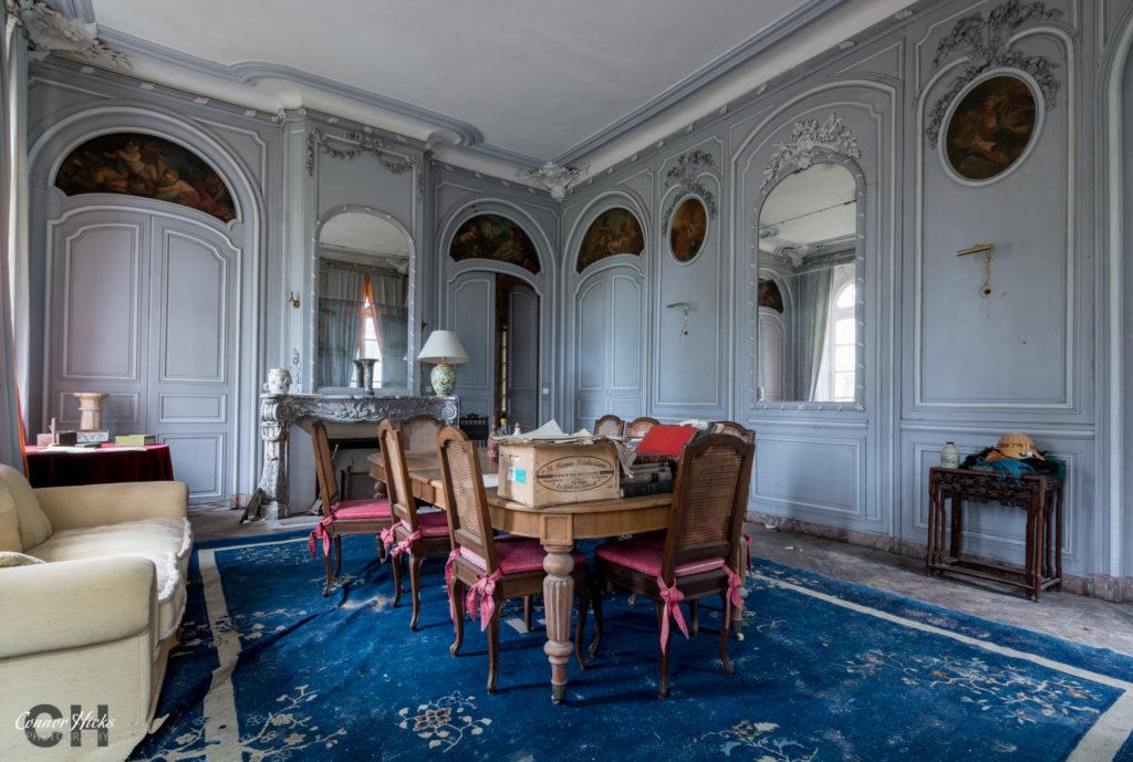 Urbex France Chateau Des Bustes 1024x689 Chateau Des Bustes, France