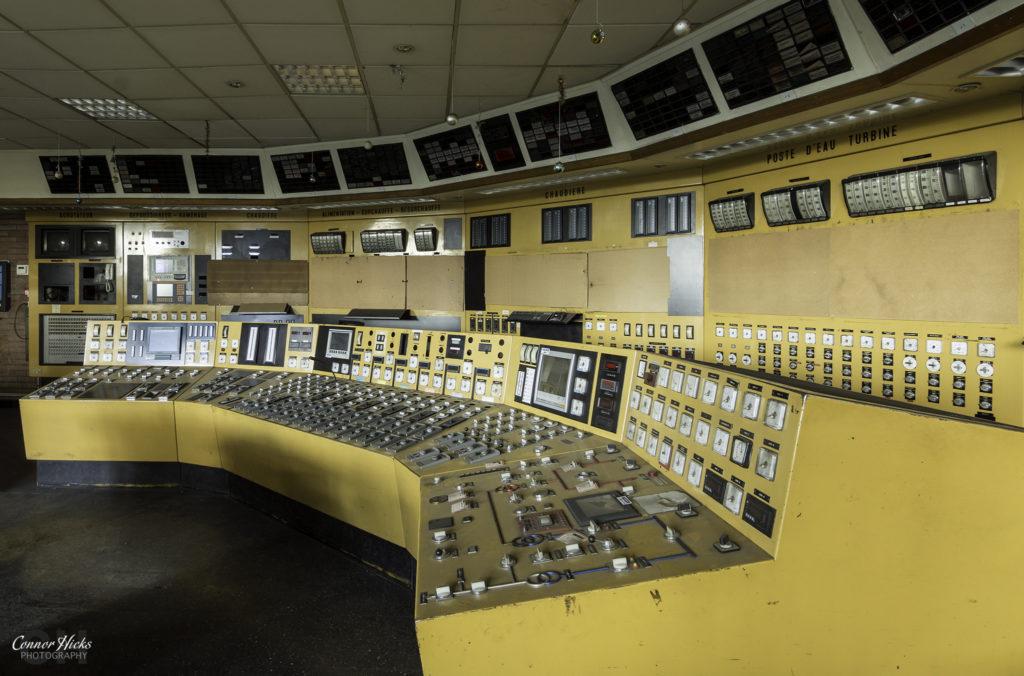 schneider control room urbex france 1024x676 Centrale De Schneider, France