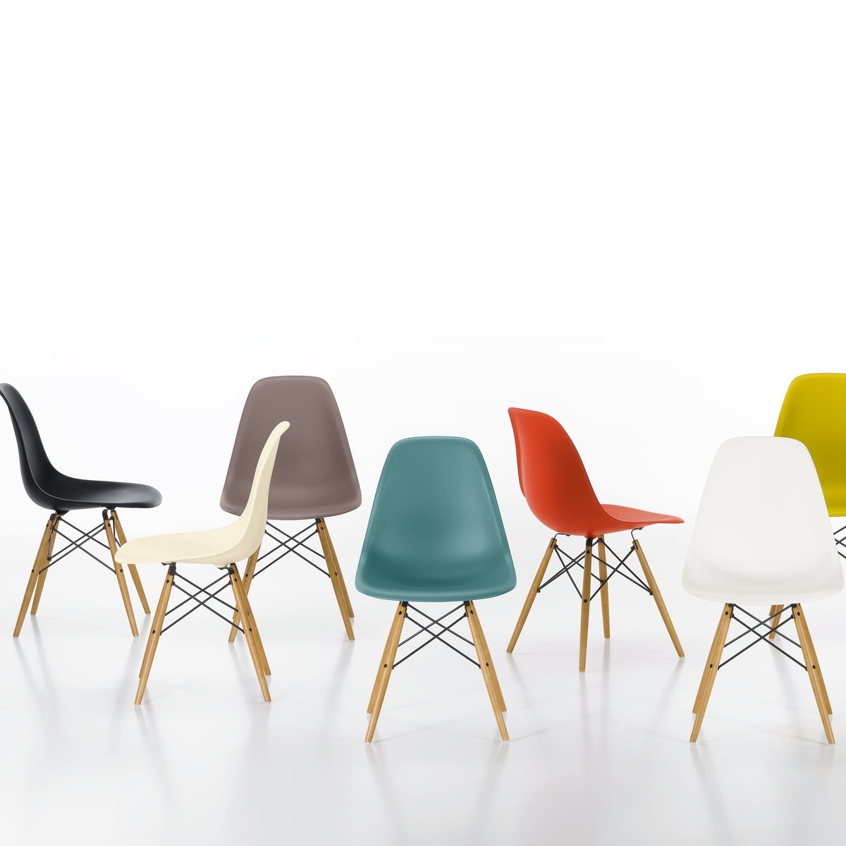 Eames Plastic Side Chair DSW  connoxch