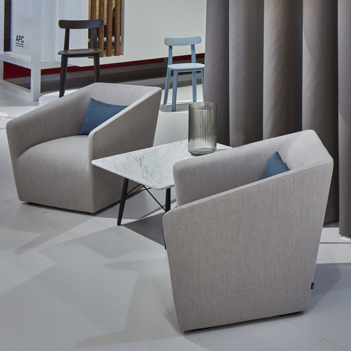 vitra lounge chair round table and set occasional grau