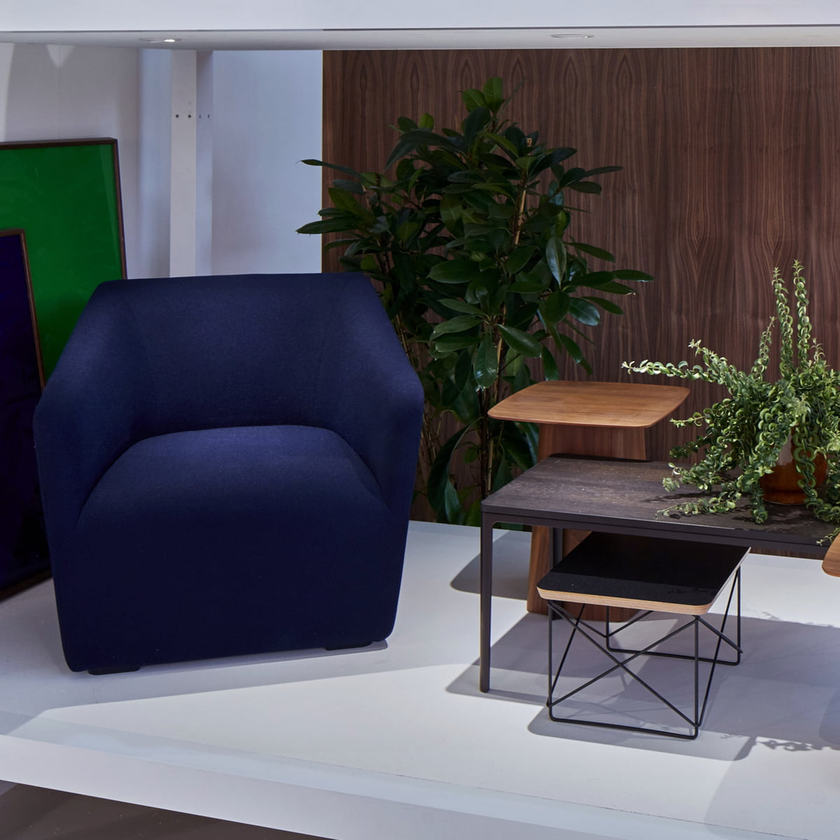occasional table and chairs rocking chair cushions walmart eames ltr by vitra connox