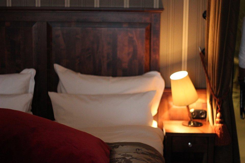 "Das Bett in ""Konrads Salon"""