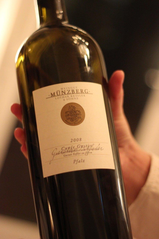 Der passende Wein fehlt natürlich auch nicht...