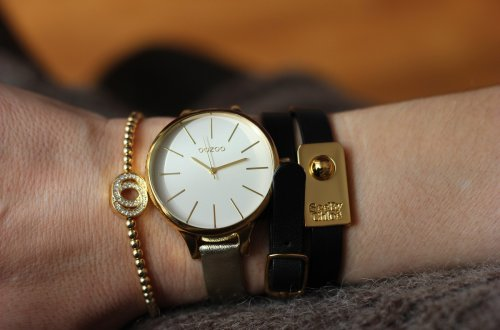 Goldschmuck, Oozoo-Uhr, SeebyChloe-Armband-ConnyDoll