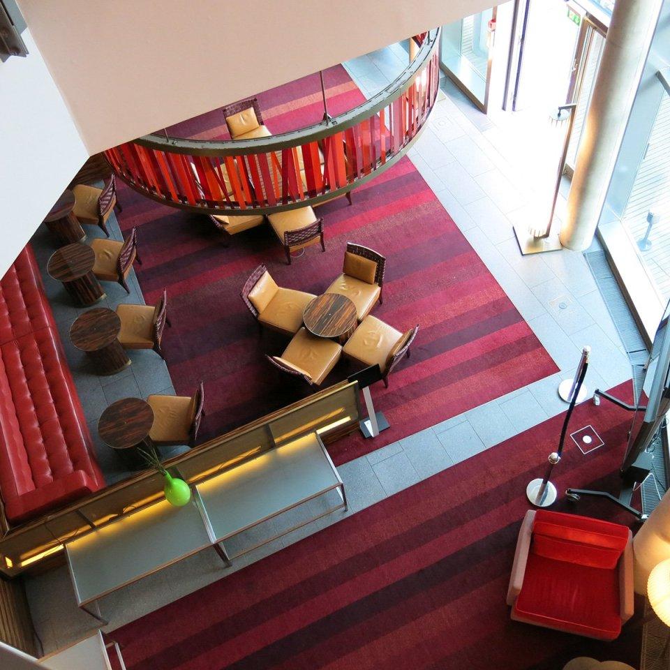 Blogger Workshop, Eingangshalle, Radisson Blu, mit Teil der Bar, Frankfurt am Main, Hotel, Reise