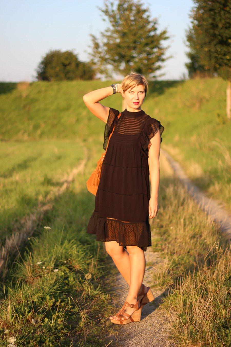 unkompliziertes, Kleid, Dress, Mango, Summer, Conny Doll, schwarz, Jugendstil, transparenz,