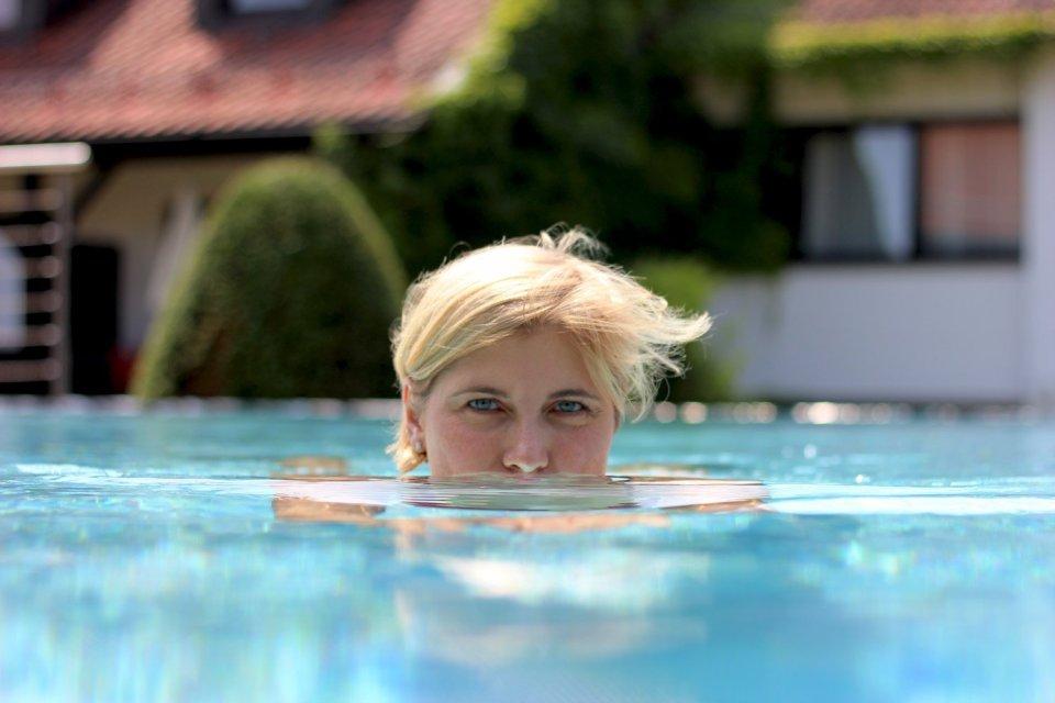 Hotel Drei Quellen Therme, Conny im Pool
