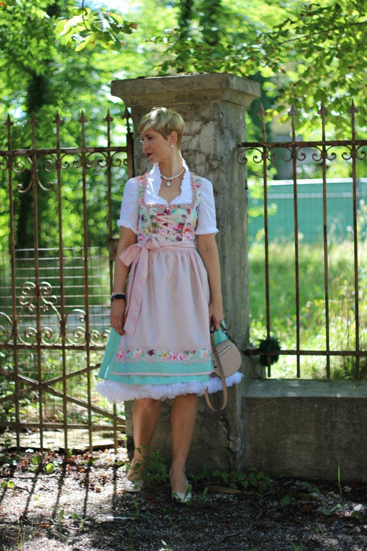 Dirndl von Amy Vermont, Tracht, florales Muster, Volksfest, Wiesn, Oktoberfest