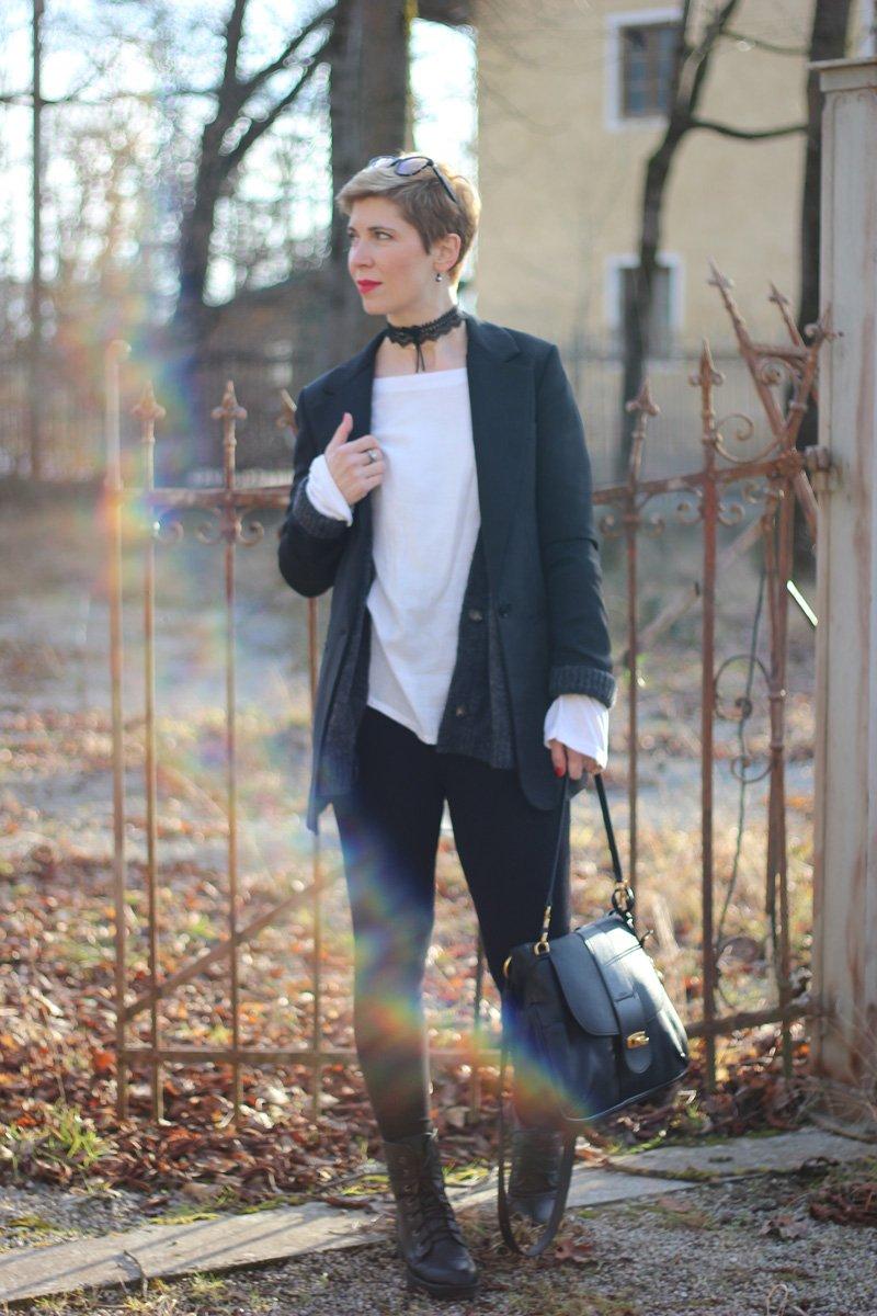 Conny Doll LIfestyle: Wie style 40 plus Leggings, Oversized Look, Blazer, Strickjacke, Boots