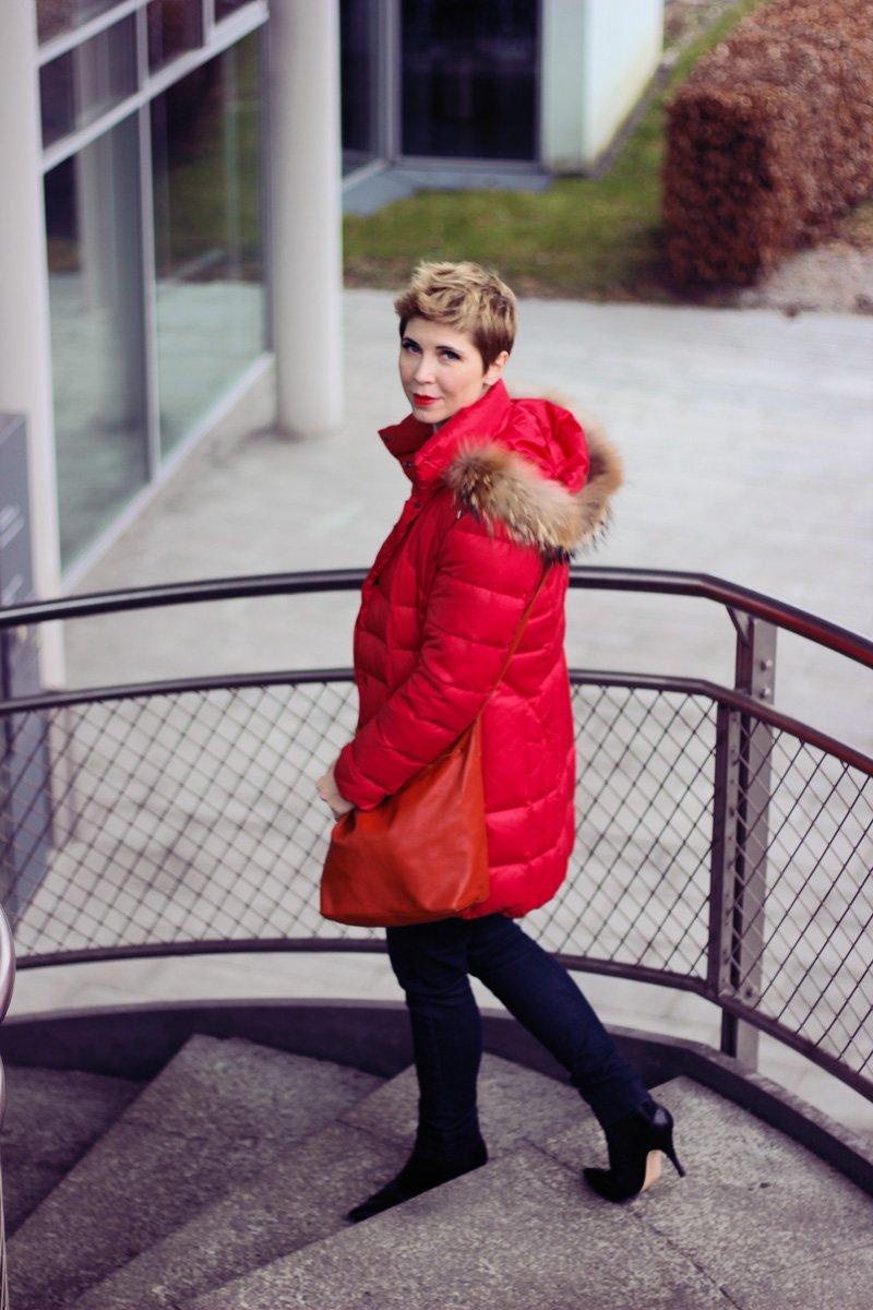 Conny Doll Lifestyle: casual Office-Look, Blazer, Blau allover, Blazer, Streifen, Ärmel, Daunenmantel