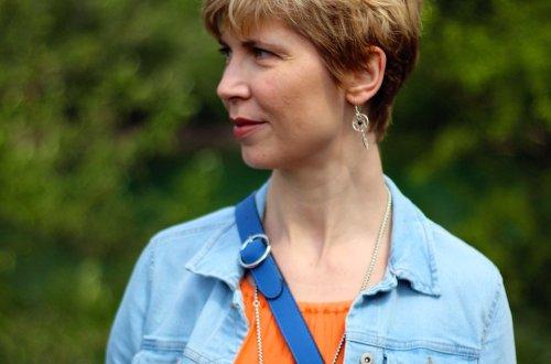 Conny Doll LIfestyle: Maxikleid mit Dreiviertelarm, orange, meine Geschichte über Zuspätkommen, auf Reisen und überhaupt, Sommerkleid, knitterfrei, Urlaub