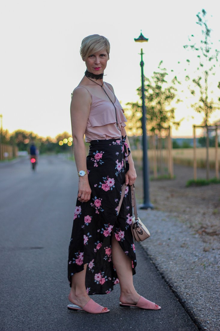 conny doll lifestyle: Sommerlook mit Wickelrock,