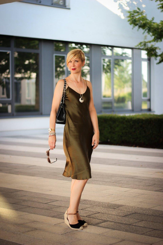 conny doll lifestyle: Slip Dress von Nili Lotan, Seidenkleid, Sommerkleid