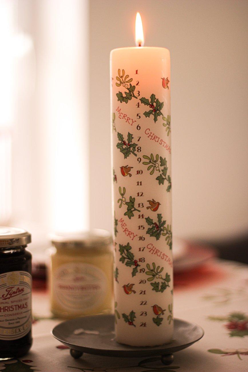 conny doll lifestyle: Weihnachten - Vorfreude mit THE BRITISH SHOP, britische Köstlichkeiten, Vorfreude, Adventskerze very britisch