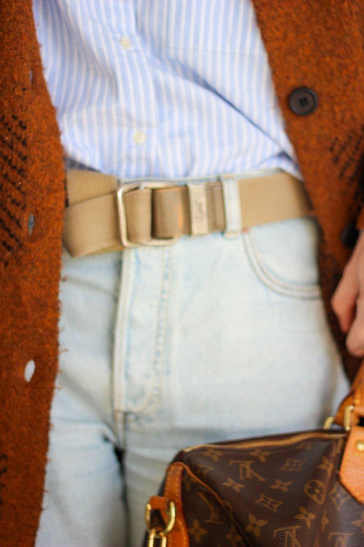 conny doll lifestyle: flared leg jeans, Cardigan, Look fürs Homeoffice,