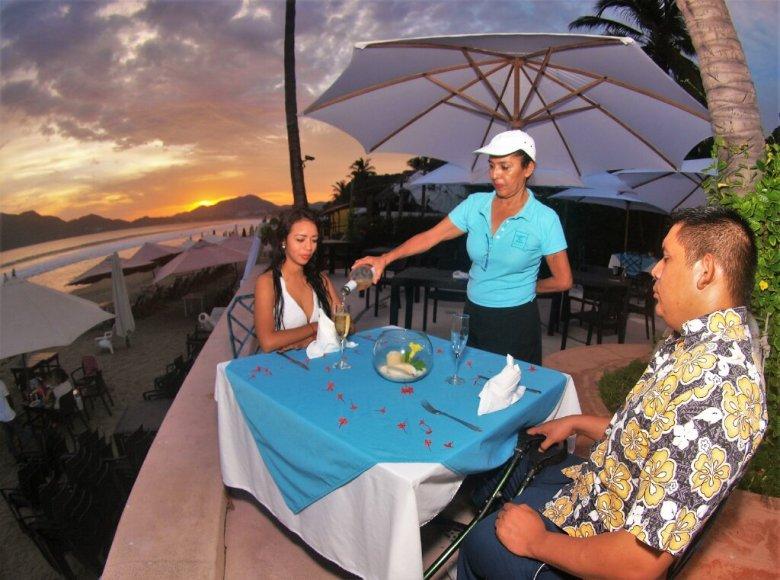 Cenas románticas en Manzanillo