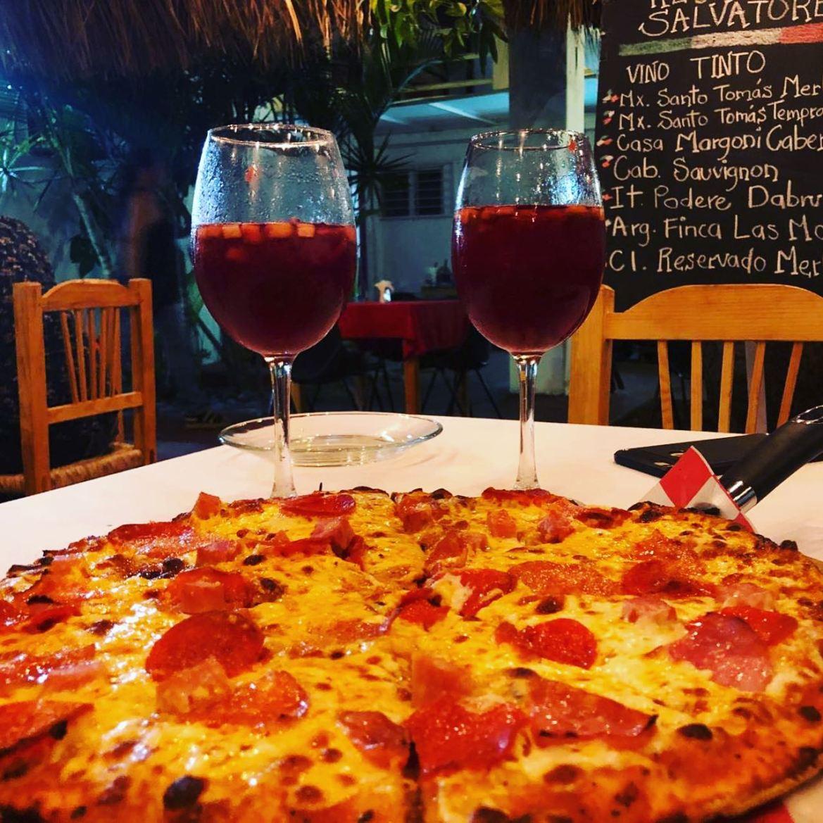 restaurantes en Manzanillo Salvatore