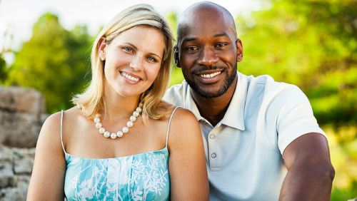 como tener una relacion con una pareja interracial