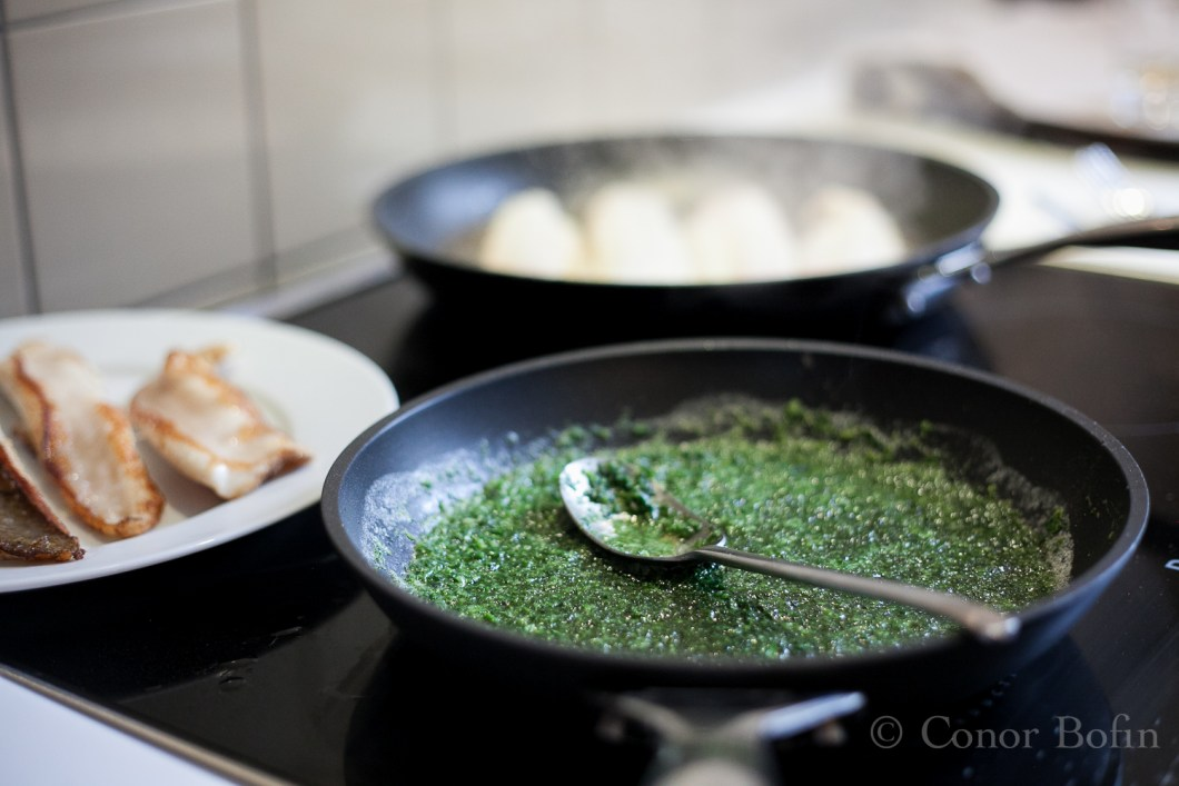 Pesto and sole frying gently. How could I have thought Stéphane a potential boor?