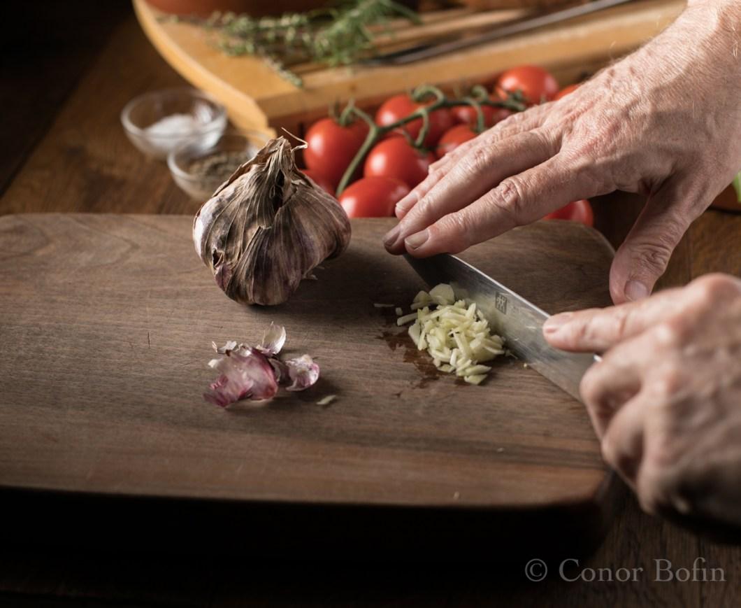 Tomato and feta skillet bake