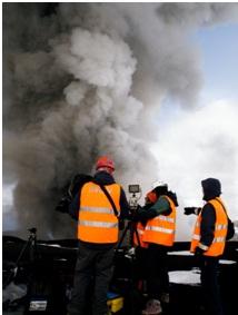 Foto 1 - Islanda, eruzione dell'Eyjafjallajökull, maggio 2010: riprese ad alta velocità dell'attività esplosiva sulla cima del ghiacciaio.