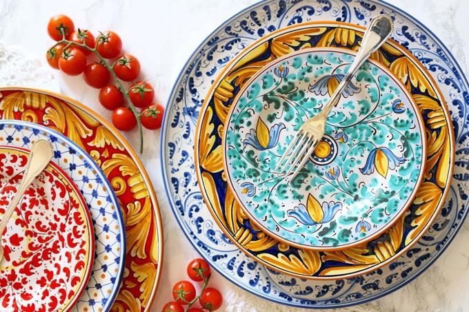 Su piccole quadrotte di ceramica, l'effetto e la decorazione desiderata. 20 Meravigliosi Marchi Di Ceramica Artigianale Da Acquistare Online Conosco Un Posto
