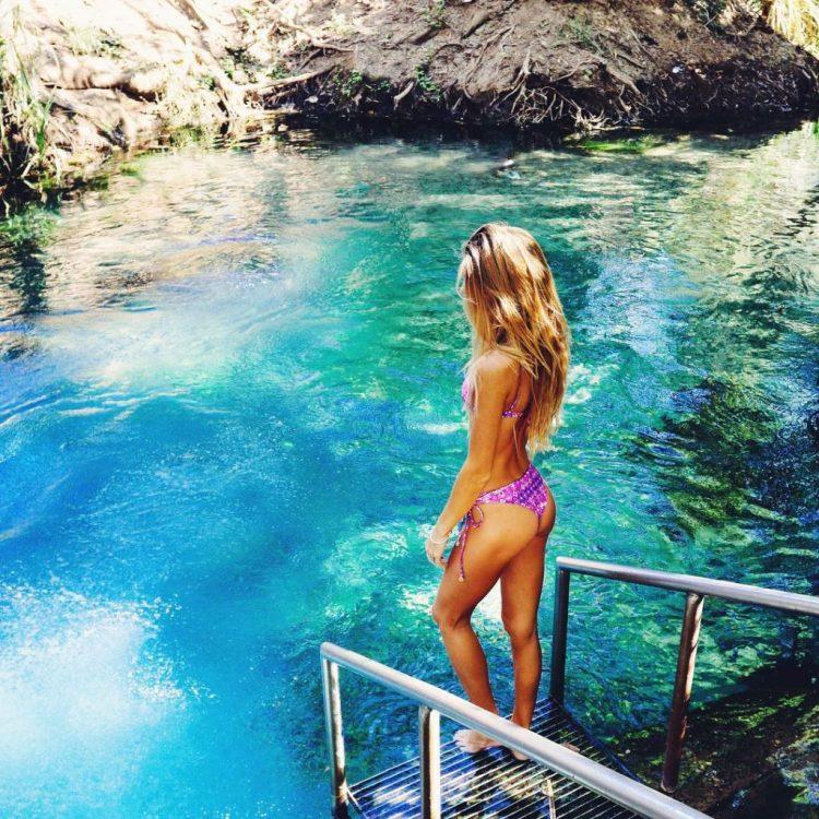 Sjana Earp Water Pose