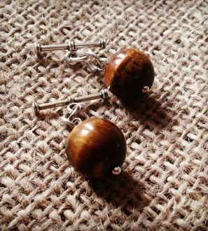 Round tigers eye cufflinks