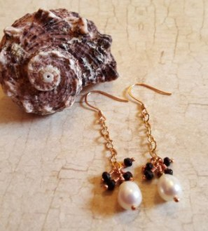 white pearl blk spinel
