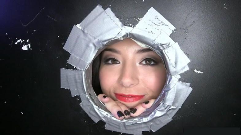 Femme trou glory hole