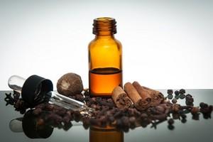 L'huile essentielle de girofle pour lutter contre le mal de dents